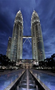 CM1-Oeuvre-01-Petronas